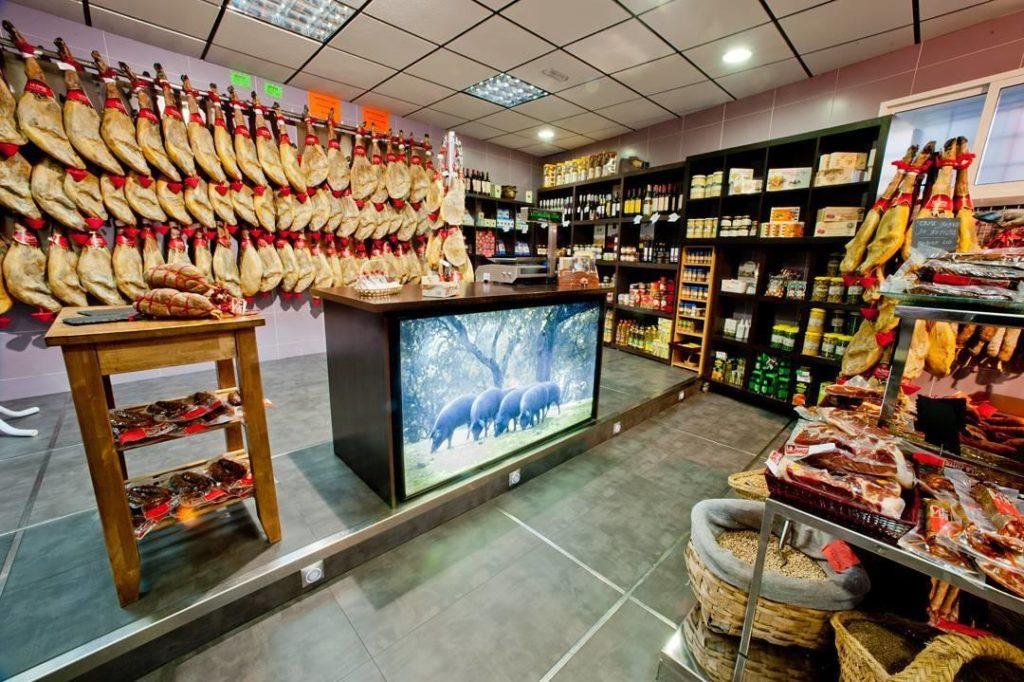 Tienda de Jamones La Jurre en Piornal
